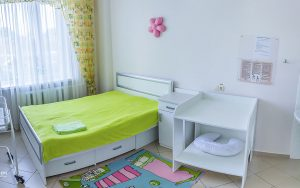 12-onmh_permanent-court-of-childbirth