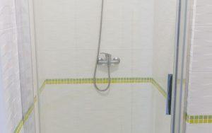17-onmh_shower-cabin-hospital