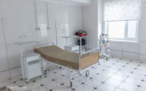 4-onmh_after-birth-mothers-are-a-care-medical-staff